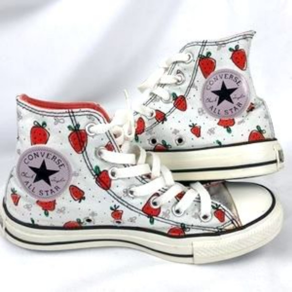 8a1a5c34ee83 Converse Shoes - RESERVED Converse all-star Strawberry sneakers